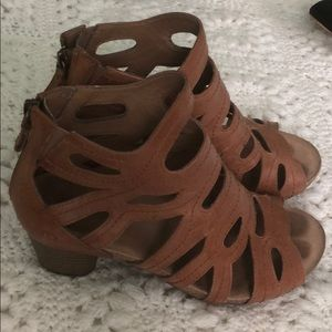Josef Seibel 37 7 cork heel sandals